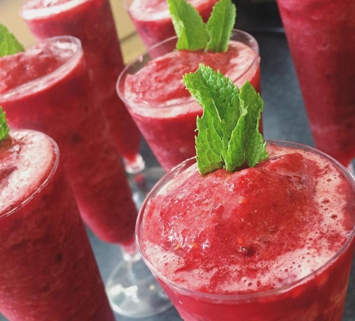 2 Refreshing Summer Berry Smoothie/drinks#Recipes
